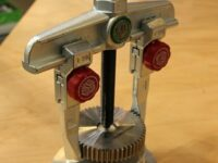 Auf der Equip Auto gesehen: Abzieher von Kukko mit Quick-Adjust-System