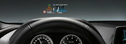 Head-Up Display von BMW als Beitrag für sicheres Fahren