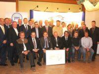 Kfz-Innung Oberpfalz verleiht 'Goldenen Unternehmerbrief'