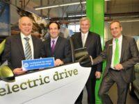 Bundesweit erster 'Fachbetrieb für Hybrid- und Elektrofahrzeuge' zertifziert