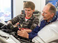 Berufserkundung & Co: Wie Werkstätten und Azubis zueinander finden
