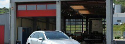 Peugeot unterstützt KÜS 'Qualitätscheck' mit zwei 508 SW