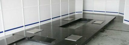 ADAC GT Masters: Präzise Messungen mit Aluminiumplatte