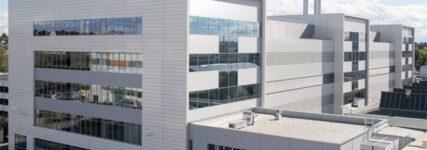 Audi weiht Motorenprüfzentrum in Neckarsulm ein