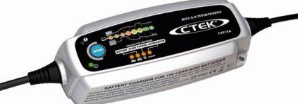 Laden und Testen mit dem 'MXS 5.0 Test & Charge' von CTEK