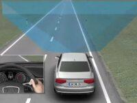 'active lane assist' von Audi: Kamera beobachtet Fahrbahn im 40-Grad-Winkel