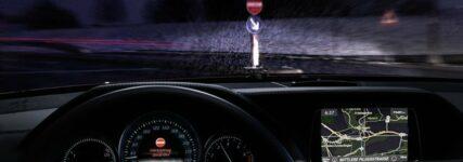 Real Life Safety: Assistenzsystem von Mercedes-Benz verhindert Geisterfahrten