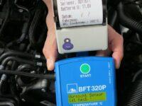 Bremsflüssigkeitstester von Ate mit 12-Volt-Anschluss