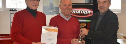 In eigener Sache: Übergabe des 'KRAFTHAND Technologie-Awards 2012'