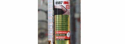 Scheibenklebstoff von Henkel besteht Crash-Test