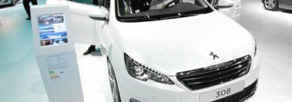 IAA: Neuer Peugeot 308 – leichter, kompakter, sparsamer..