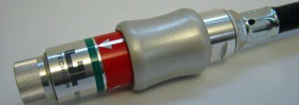 Hr-Ventilkupplung von GL Werkstattechnik für korrekten Fülldruck