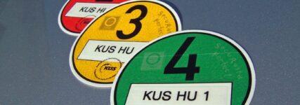 KÜS: Ab November bei HU auf Feinstaubplakette achten