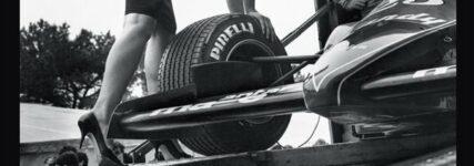 Pirelli-Kalender wird 50 – Sonderauflage 2014, fotografiert von Helmut Newton