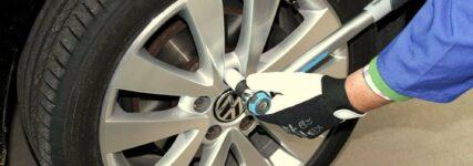 Urteil: Nach Reifenwechsel ist deutlicher Warnhinweis Pflicht!