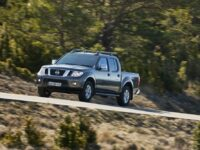 Nissan ruft Navara (D40) und Pathfinder (R51) in die Werkstätten