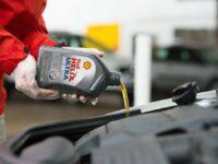 Pkw-Motorenöle von Shell auf Erdgas-Basis