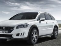 Peugeot ergänzt Vollhybrid-Diesel 508 RXH i um Variante mit Verbrennungsmotor