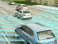 Spurwechsel-/Ausparkassistent: Radarsensor MRR (-Rear) von Bosch geht in Serie