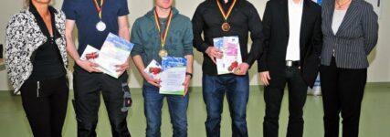 Alexander Lion bester Kfz-Mechatroniker beim Bundesleistungswettbewerb