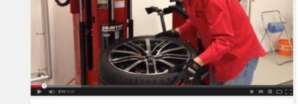 KRAFTHAND.tv: So werden Reifen automatisiert auf- und abgezogen