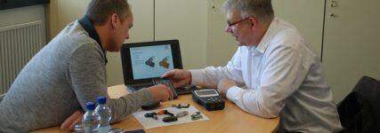 Welche Vorteile bietet der Universal-RDKS-Sensor im Vergleich zum Originalsensor?