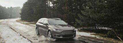 Ford erforscht Crowdsourcing-Technologie zur Anzeige von Schlaglöchern