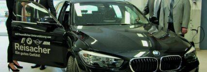 Kfz-Innung Augsburg: Neue Trainingsfahrzeuge und Lehrerschulung