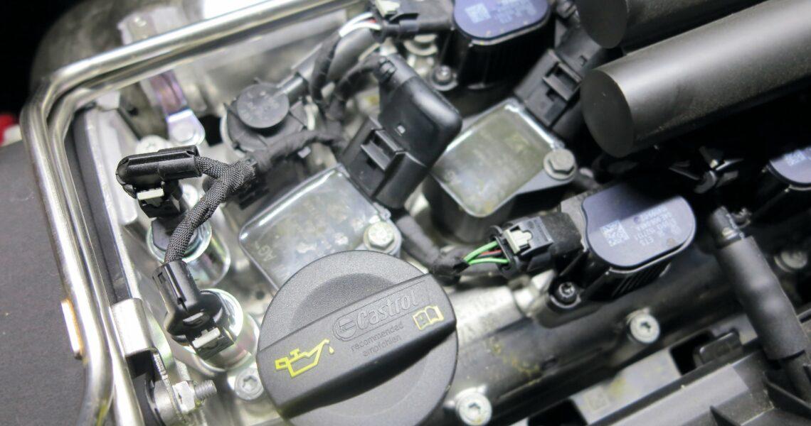 Zündkerzen am Motor