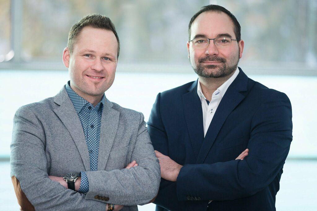 Steffen Karpstein und Andreas Hohenleitner, Geschäftsführer Krafthand Medien GmbH.