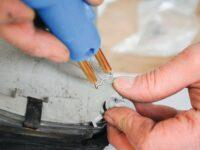 Kunststoffteile am Auto reparieren