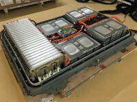 Zur Sicherheit: Berstelemente im Gehäuse von HV-Batterien