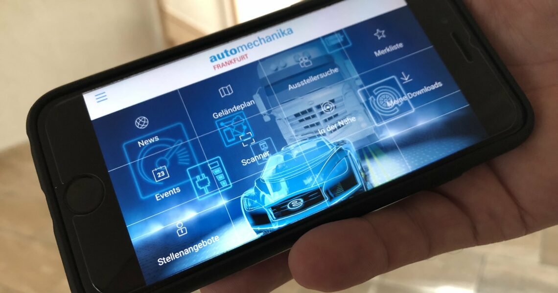 Smartphone mit Navigator App