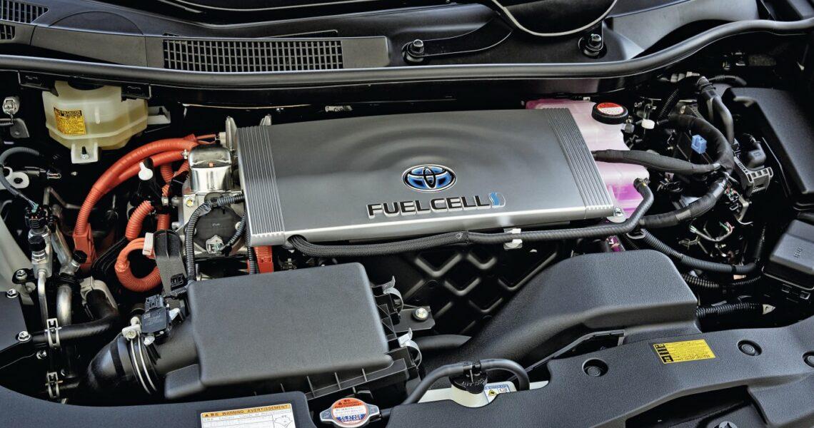 Blick in den Motorraum mit Brennstoffzelle