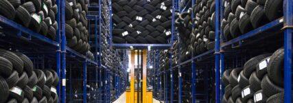 Autoreifenonline: Was der Vollsortimenter Kfz-Werkstätten bietet
