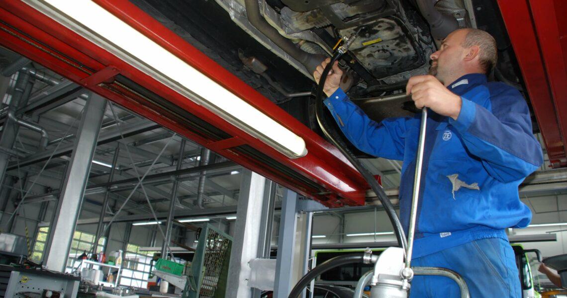 Ölwechsel am Automatikgetriebe
