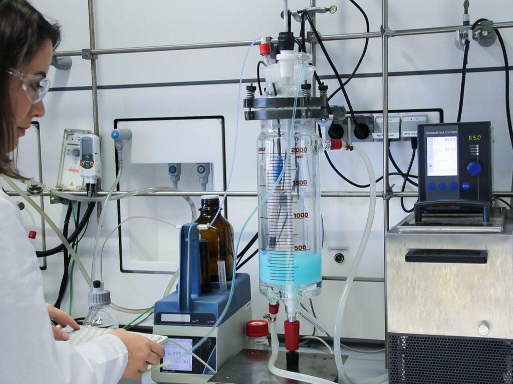 Präparationsanlage für ein Scale-up von Katalysatorsynthesen