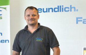 Sven Walter, Geschäftsführer von Wintec Autoglas Fuchs in Borna