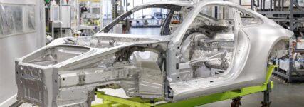 Karosserieleichtbau beim 911er Porsche