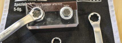Doppelringschlüssel für (runde) Sechskantschrauben